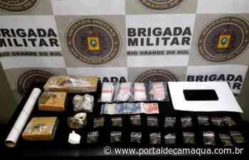 28ºBPM prende dupla e apreende adolescente por tráfico de drogas em Charqueadas - Portal de Camaquã