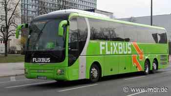 Heiligenstadt: Flixbus-Fahrgast randaliert und flieht über A38 - MDR
