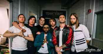 """Maroon 5 melden sich mit Single & Video zu """"Nobody's Love"""" zurück - bigFM"""