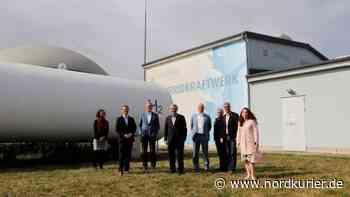 Hybridkraftwerk bei Prenzlau: Viel Lob für visionäre Projekte von Enertrag   Nordkurier.de - Nordkurier
