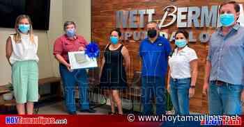 Ivett Bermea entrega la primera Laptop en Matamoros - Hoy Tamaulipas