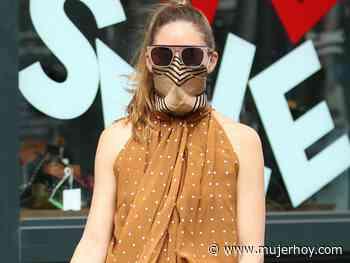 El tutorial con el que Olivia Palermo enseña el truco para llevar el pañuelo como mascarilla con estilo y sin perder protección ni efectividad - Mujerhoy.com