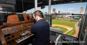 The crowd might be missing, but new Wrigley Field organist is in full swing - Chicago Daily Herald