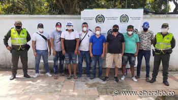 Sorprenden a ocho personas en una gallera en Piojó en plena cuarentena - EL HERALDO