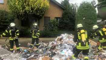 Hamminkeln: Feuerwehr löscht einen Brand im Müllauto - NRZ