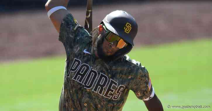 Padres can't capitalize on opportunities, fall 4-3 to D-backs