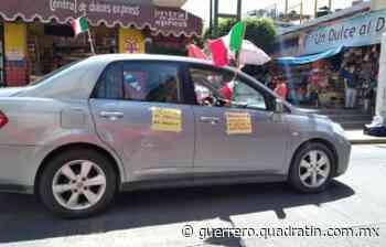 Participan 6 autos en tercera caravana anti Presidente en Chilpancingo - Quadratin Guerrero