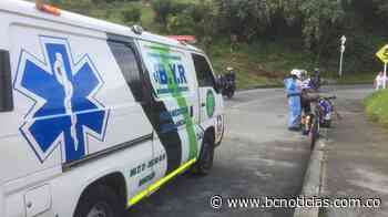 Dos ciclistas se accidentaron en la antigua vía que comunica con Villamaría - BC Noticias