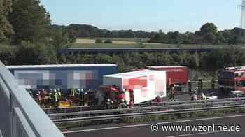 Unfall Bei Oyten: Lkw kracht auf Stauende – A1 stundenlang gesperrt - Nordwest-Zeitung