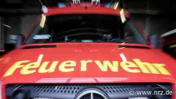 Isselburg: Ein Heckenbrand griff auf ein Carport über - NRZ