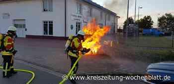 Vor Gewerbebetrieb im Brunskamp: Feuerwehr Maschen löscht Containerbrand - Kreiszeitung Wochenblatt