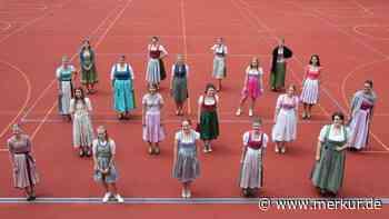 Hohenburg entlässt Realschülerinnen in drei Feiern hintereinander - Merkur.de