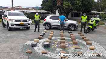 En Chinchiná incautaron marihuana que iba transportada en el maletero de un carro - BC Noticias