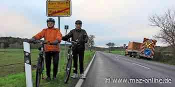 Bauarbeiter bereiten neuen Radweg vor zwischen Bad Belzig und Klein Glien - Märkische Allgemeine Zeitung
