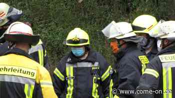 Feuerwehr Meinerzhagen absolviert auch Übungen mit Mund-Nase-Bedeckung - Meinerzhagener Zeitung