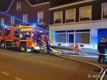 Une voiture en feu dans le centre de Grandvilliers - actu.fr