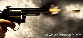 Matones en moto dispararon contra padre e hijo en una calle de Ciudad Bolívar - Alerta Bogotá