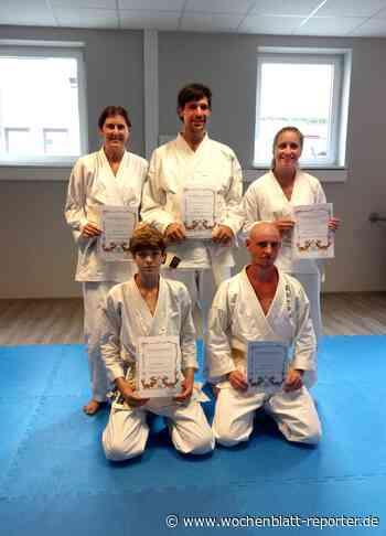Gürtel-Prüfungen beim Jiu-Jitsu-Karate Rockenhausen: Erfolgreich nach der Corona-Pause - Rockenhausen - Wochenblatt-Reporter