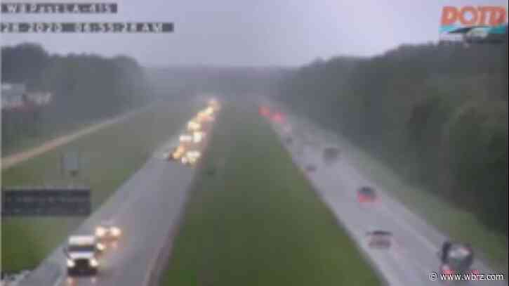 I-10 WB between Lobdell, Grosse Tete to close for removal of overturned 18-wheeler