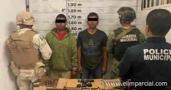 Sorprenden GN y Ejército a dos hombres armados en Rosarito - FRONTERA.INFO