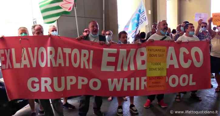 """Ex Embraco, i lavoratori scrivono a Conte e ai parlamentari M5s: """"Ministro Patuanelli assente, vogliamo risposte"""""""