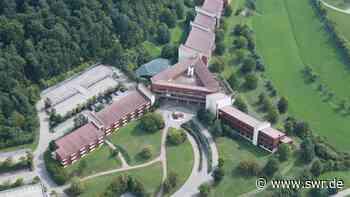 Nach zweijähriger Verzögerung: Polizeischule eröffnet in ehemaligem IBM-Gebäude in Herrenberg | Stuttgart | SWR Aktuell Baden-Württemberg | SWR Aktuell - SWR
