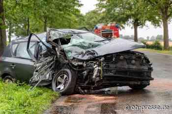 20-jährige bleibt bei schwerem Verkehrsunfall auf Fehmarn fast unverletzt - Dennis Angenendt
