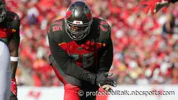 Bucs expect Donovan Smith to report to camp on time