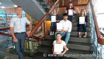 Weil am Rhein: Azubis der Stadt schließen mit hervorragenden Leistungen ab - Weil am Rhein - www.verlagshaus-jaumann.de