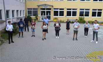Gemeinde Hohenfels ehrt seine Entlassschüler - Region Neumarkt - Nachrichten - Mittelbayerische