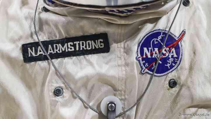 Auktion in Kalifornien: Steuerknüppel von Neil Armstrong für 370.000 Dollar versteigert - DER SPIEGEL