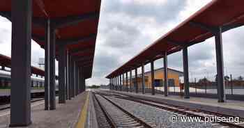 Buhari names largest railway complex in Itakpe-Warri route after Jonathan - Pulse Nigeria
