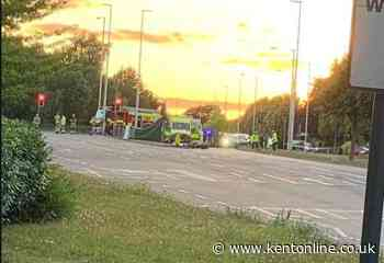 Emergency services called to roundabout crash