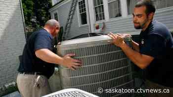Sask. contractors warn of 'high-pressure' door-to-door sales that leave some 'paying thousands more'