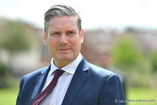 Keir Starmer demands more help for tourist towns after surge in unemployment