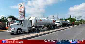 Sigue la fuga de consumidores de diésel de Matamoros a EU, es más barato - Hoy Tamaulipas