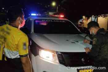 Sorprenden a 30 personas en plena fiesta clandestina en Piedecuesta (Santander) - RCN Radio
