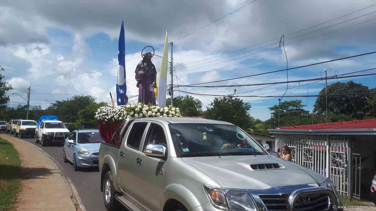 Santiago Apóstol recorre las calles de Veraguas - Crítica