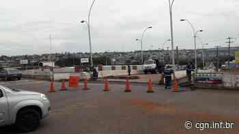 Obras seguem no viaduto da Rua Jacarezinho e motoristas devem evitar a região - CGN