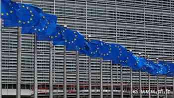 L'Union européenne décide de limiter les exportations d'armes vers Hong Kong - RFI