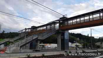 Gare de Bourgoin-Jallieu : la passerelle mise en service en septembre - France Bleu