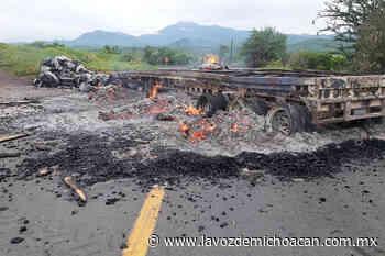Tepalcatepec bajo fuego; se enfrentan pobladores al CJNG - La Voz de Michoacán