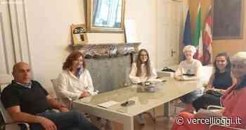 BORGOMANERO - Quando sono anche i giovani ad amare la Città. L'incontro di tre giovani con l'Amministrazione Comunale - vercellioggi.it/