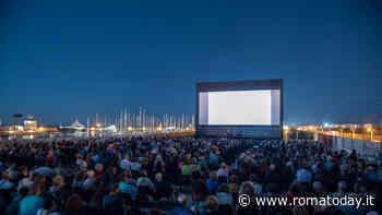 """Il Cinema in piazza: """"Sole a catinelle""""di Gennaro Nunziante all'arena di Ostia"""