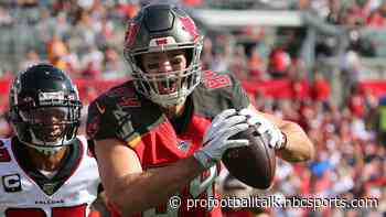 Cameron Brate recovered from COVID-19