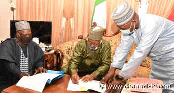 Jigawa Governor Signs Revised 2020 Budget - Channels Television