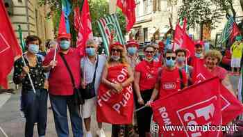 """Sanità privata, protesta alla sede di Aiop Lazio: """"Non firma la pre-intesa per il nuovo contratto, atto vergognoso"""""""