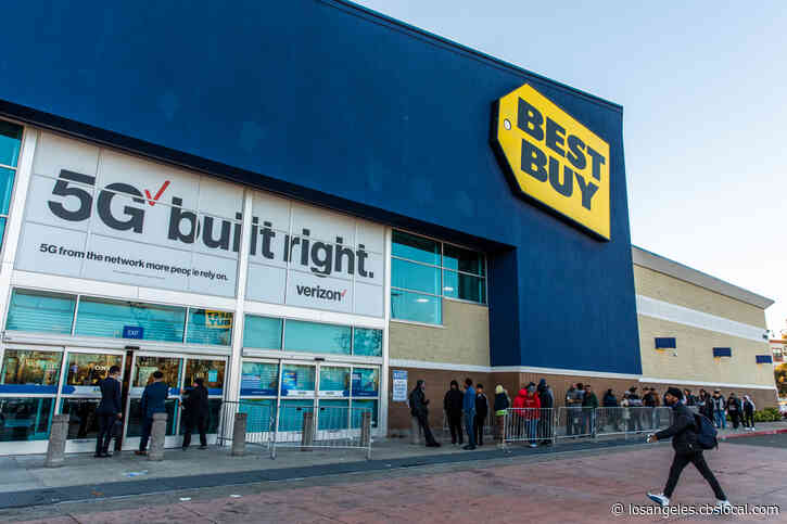 Best Buy Joins Walmart, Target, Dick's Sporting Goods In Closing Stores On Thanksgiving Day