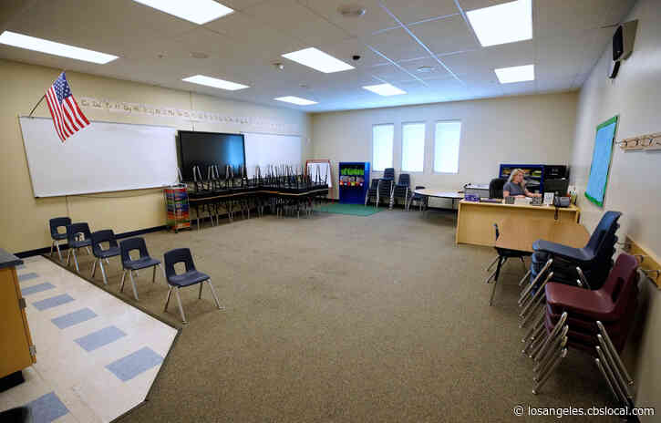 LAUSD Teachers Union Rejects Proposal To Teach In Empty Classrooms
