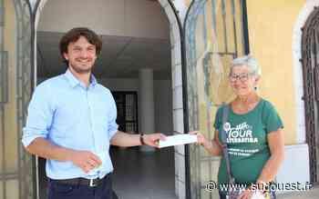 Saint-Vincent-de-Tyrosse (40) : les forains ont fait un don aux Restos du coeur - Sud Ouest